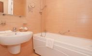 Двухместный двухкомнатный 1 категории комфорт (мягкая мебель, ванная)