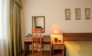 Двухместный однокомнатный номер 1 категории комфорт(двухспальная кровать) стандарт
